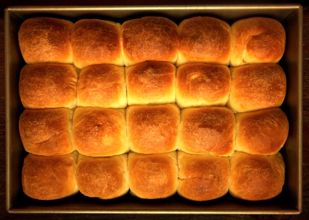 dinner-rolls_1edit